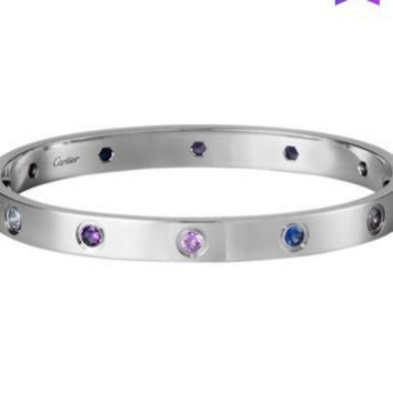 Cartier Love 18K platinum jewels inlaid with beautiful bracelets B6036317