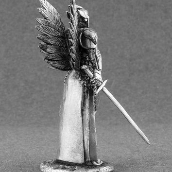 Miniature Action Figurines Queen of Ravens  Woman-Warrior Collection Tin Soldier Scale 2 1/4 Toy Soldier 54mm Metal Statuette