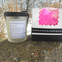 April Fresh (Downy type) wood wick, natural soy candle.