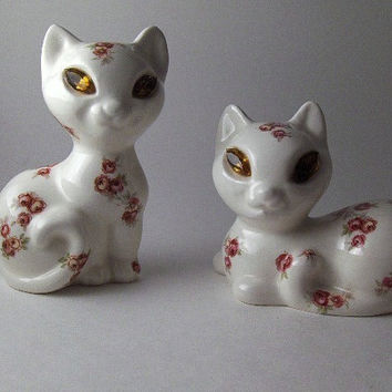 Vintage Cats Figurines Ceramic Collectible Rhinestone Eyes Siamese Cats Figurines