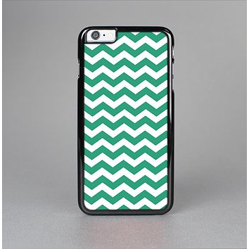 The Green & White Chevron Pattern V2 Skin-Sert Case for the Apple iPhone 6 Plus