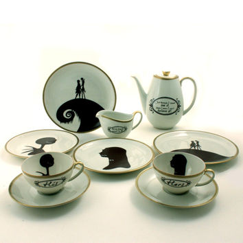 Set for 2 Nightmare Before Christmas His Hers 2 Cups Oval Coffee Pot 4 Plates Creamer Porcelain Tim Burton Musical Film White Brown Romantic