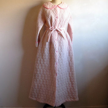 Vintage 1960s House Coat Pale Pink 60s Quilted Morning House Robe Medium