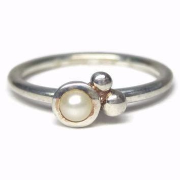 Dainty Minimalist Pearl Ring Sterling Size 8