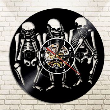 1Piece Evil Skulls Vinyl Record Wall Clock No Look No Listen No Say Skulls Modern Design Wall Watch Time Clock Wall Hanging