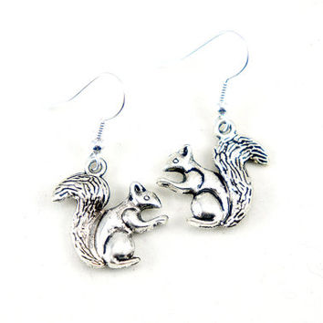 Tiny Squirrel - Antiqued Silver Plated Vintage Style Squirrel Dangle Earrings - Bridesmaids Gifts Ideas - CP064