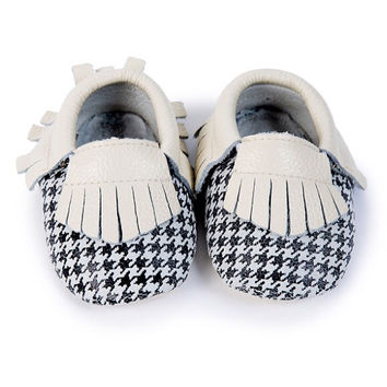 Black & White Swallow Gird Boys Tassel Genuine Leather Moccasins