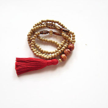 Red tassel necklace, India inspired ethnic necklace, Long wooden bead necklace, Boho chic jewelry, Boho chic tassel india necklace