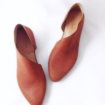 The Sandy MVT~ Handmade to Order~ Soft Mahogany Leather flats with low heel~ Womens Shoes ~ handmade shoes in thru and large sizes