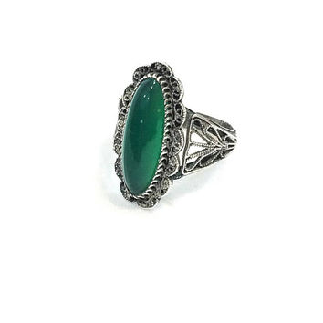 Silver Filigree & Chrysoprase Ring, Thin Oval Ring, Size 6, Lacy Filigree / Wire Work, Chinese Vintage Antique Jewelry