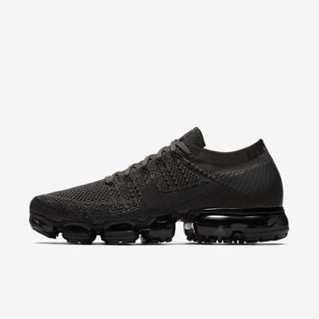 Nike Air VaporMax Flyknit Men's Running Shoe. Nike.com