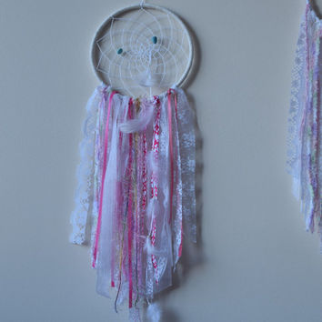 Large Dream catcher Pink White, Lace Dreamcatcher,Pink Nursery Decor,  Boho Dreamcatcher, Wall Hanging Dream catcher Mobile