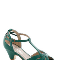 Chelsea Crew Vintage Inspired Architectural Tour Heel in Teal