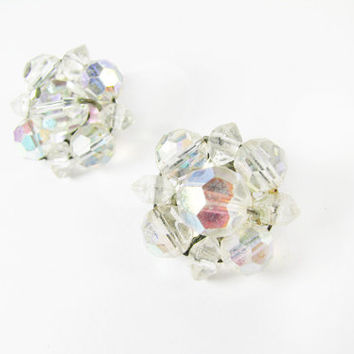 Vintage AR Cluster Earrings, Clip Ons, Aurora Borealis / Vintage Wedding Jewelry - Boucles d'Oreilles Strass.