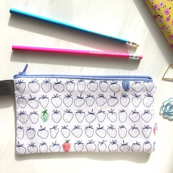 Watercolor Strawberries Divided Pencil Case (handmade philosophy's pattern)