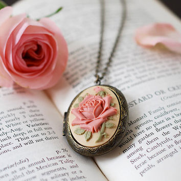 Large Rose Cameo Locket Necklace. Vintage Inspired Antique Brass Dark Ivory Dusky Pink Rose Oval Locket Necklace. Unique Gift