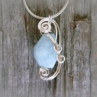 Aquamarine Wire Wrapped Pendant Necklace in Silver