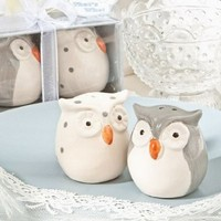 Cute owl salt and pepper shakers:Amazon:Kitchen & Dining