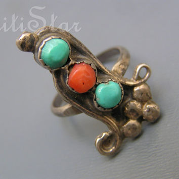 Vintage silver Ring j Navajo Southwestern Style Ring Turquoise Coral Jewelry