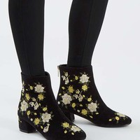 BLOSSOM Embroidered Boots - Shoes