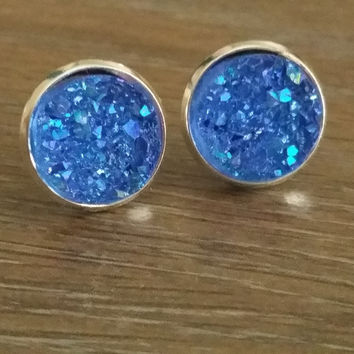 Druzy earrings- Blue drusy silver tone stud druzy earrings