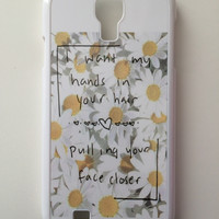 Hands in your Hair Daisies Android Galaxy Case