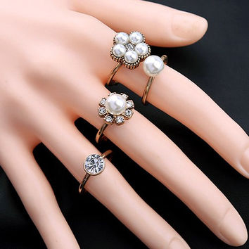 Artificial Pearl Rhinestone Floral Ring Set