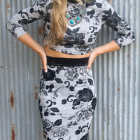 Love Letters Gray & Black Felt Rose Pattern Crop Top & Pencil Skirt Set