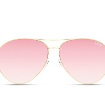 Quay Just Sayin' Gold Sunglasses / Pink Lenses
