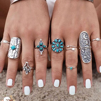 Vintage 9PCS/Set Vintage Boho Tribal Ethnic Turquoise Ring Hippie Gothic Punk Ring Set + Random Gift Necklace