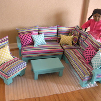 AVAILABLE for JANUARY 2014  Doll Couch by paynestdollboutique