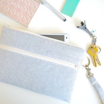 iPhone 6 Case, iPhone Wristlet, iPhone Wallet, iPhone Bag Padded Zipper Pockets - Gray Linen