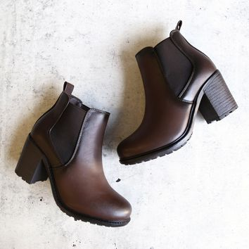 Chunky Heel Vegan Leather Chelsea Boots   Dark Brown