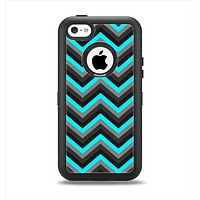 The Turquoise-Black-Gray Chevron Pattern Apple iPhone 5c Otterbox Defender Case Skin Set