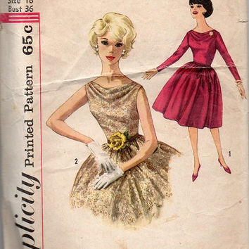 1960s Swing Style Tea Dress Fit & Flare Circle Skirt Rockabillly Simplicity Sewing Pattern Bust 30