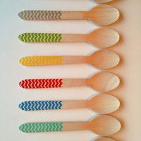 Wooden Party Spoons with Chevron- PICK YOUR COLORS - 8 Colors (set of 12) / Birthday Decoration / Sweet Table Decor / Bbq utencils
