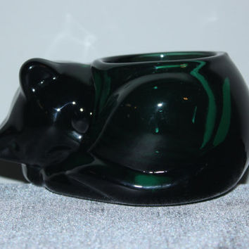 Indiana Glass Co. sleeping cat emerald green glass candle holder - Glass kitten, glass collectibles, animal figurines, candles