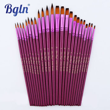 12Pcs Flat / Pointed Shape Nylon Hair Artists Paint Brushes For Oil Watercolor Gouache Painting Art Supplies