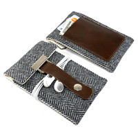 iPhone 5 sleeve with a pocket for credit card - gray herringbone wool