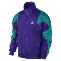 Nike Store. Air Jordan V Archive Men's Jacket