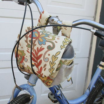 Womans Bicycle Bag , Bike Bag Converts To A Purse , Handlebar Bike Bag Bicycle