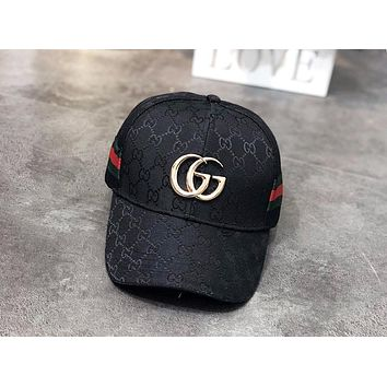 GUCCI 2019 new men and women outdoor sports baseball cap black