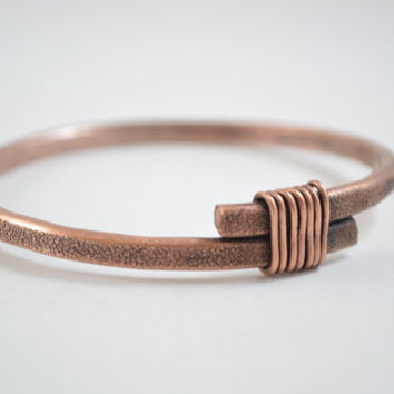 Wrapped Copper Bangle, Copper Wrapped Bangle, Copper Bracelet, Copper Wire Wrap, Copper Wire Jewelry, Unisex Jewelry, Unisex Bangle