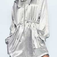 Missguided - Londunn + Missguided Silver Hammered Satin Duster Jacket