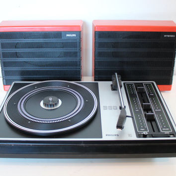 CLEARANCE Sale 30% 1970s PHILIPS 380 Portable Design Stereo Record Player/ Turntable, battery and main operated