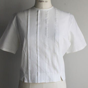 Vintage 1960s White Cropped Top Blouse