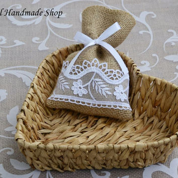 Wedding Favor Bag, Thank you Bag, Burlap Lace Gift Bag, Wedding Candy Bags - SET OF 25