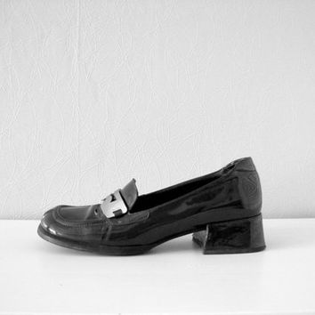 PRADA shoes patent leather black shoes vintage loafers designer shoes vintage fashion 80s 90s woman shoes made in Italy