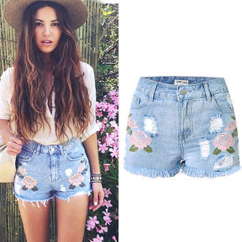 All-match Fashion 3D Embroidery Flower Pattern High Waist Large Size Shorts Jeans