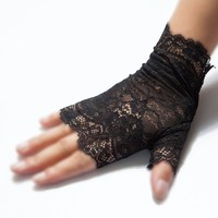 Gothic Mesh Lace Fingerless Gloves :: VampireFreaks Store :: Gothic Clothing, Cyber-goth, punk, metal, alternative, rave, freak fashions